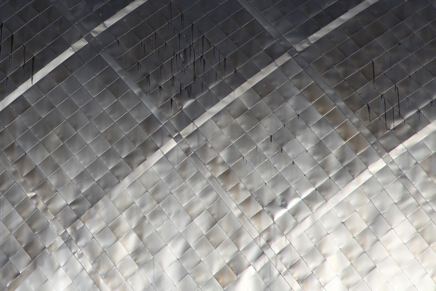 金属薄板平咬接构造